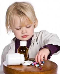 Evitar tener medicamentos al alcance de los niños